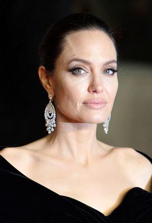 Angelina-Jolie-แองเจลิน่า-โจลี่