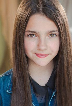 Emily-Carey-เอมิลี่-แครีย์