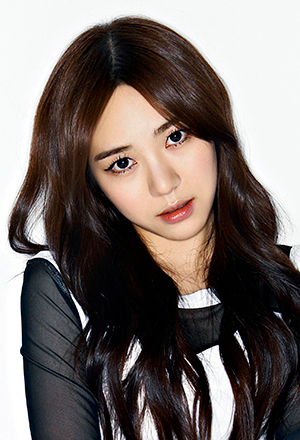 Kwon-Min-A-ควอน-มินอา