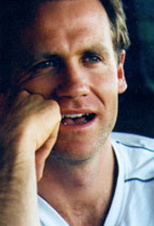 Paul-Currie-พอล-เคอร์รี่