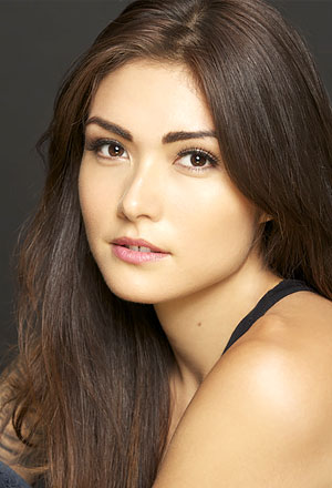 Daniella-Pineda-แดเนียลลา-พิเนด้า
