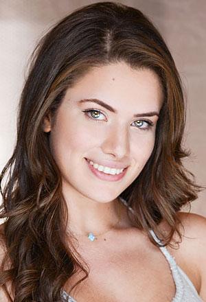 Daniela-Barbosa-แดเนียลา-บาร์โบซา