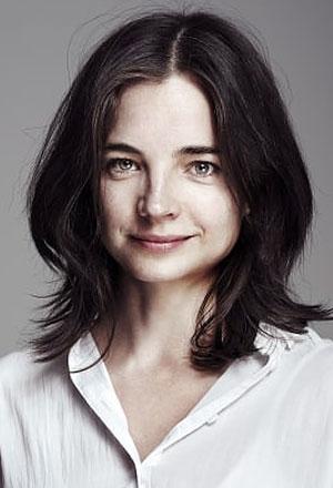 Louise-Peterhoff-ลูอิส-ปีเตอร์ฮอฟฟ์