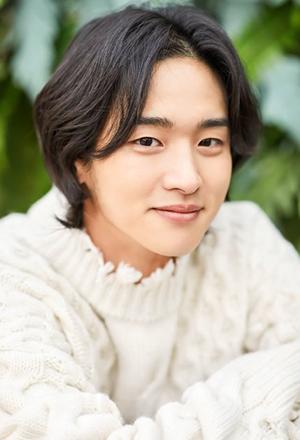Jang-Dong-Yoon-จาง-ดงยุน