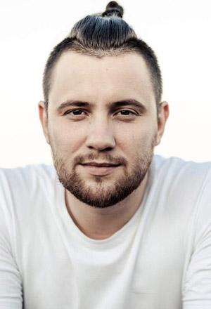 Stanislav-Kapralov-สแตนิสลาฟ-คาปราลอฟ
