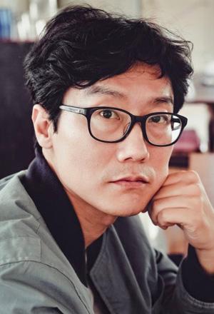 Hwang-Dong-Hyuk-ฮวัง-ดงฮยอก