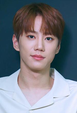 Lee-Jun-Young-อี-จุนยอง
