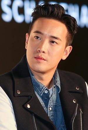 Derek-Tsang-ดีเร็ค-เจิ้ง