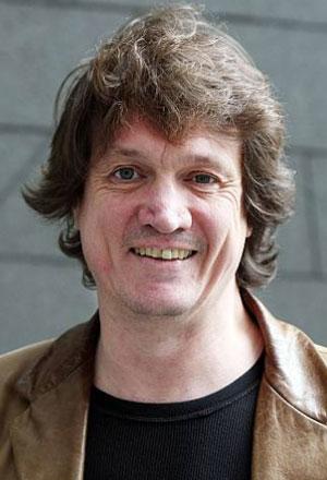 Peter-Howitt-ปีเตอร์-โฮวิตต์