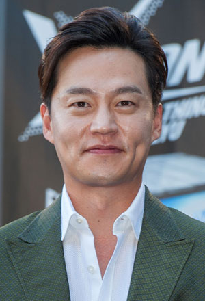 Lee Seo Jin--อีซอจิน-