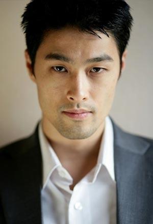 Johnny-Nguyen-จอห์นนี่-เหงียน