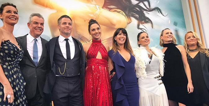 งานเปิดตัวหนัง กัล กาดอต ควงคริส ไพน์ พร้อมนักแสดงและผู้กำกับ Wonder Woman ร่วมงานพรีเมียร์ที่ ลอสแอนเจลิส