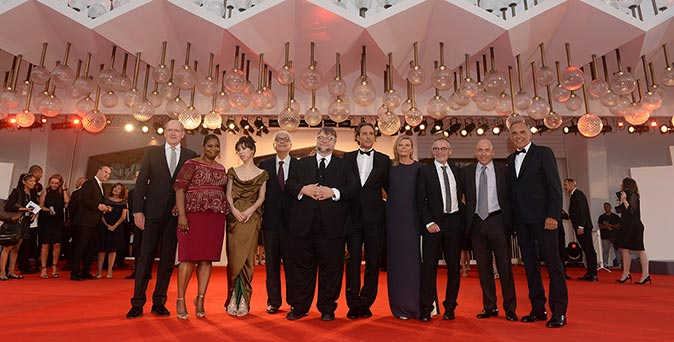 งานเปิดตัวหนัง The Shape of Water ของ กิลเลอร์โม่ เดล โทโร่ สร้างคลื่นสั่นสะเทือนใน Venice Film Festival 2017